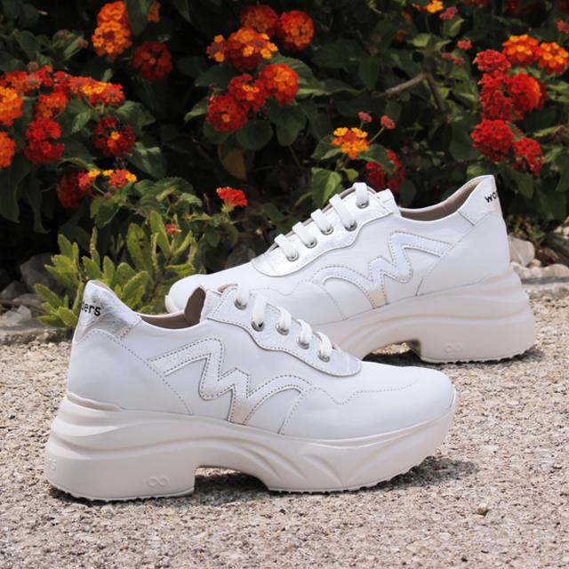 limpiar zapatillas blancas de piel wonders c 5502