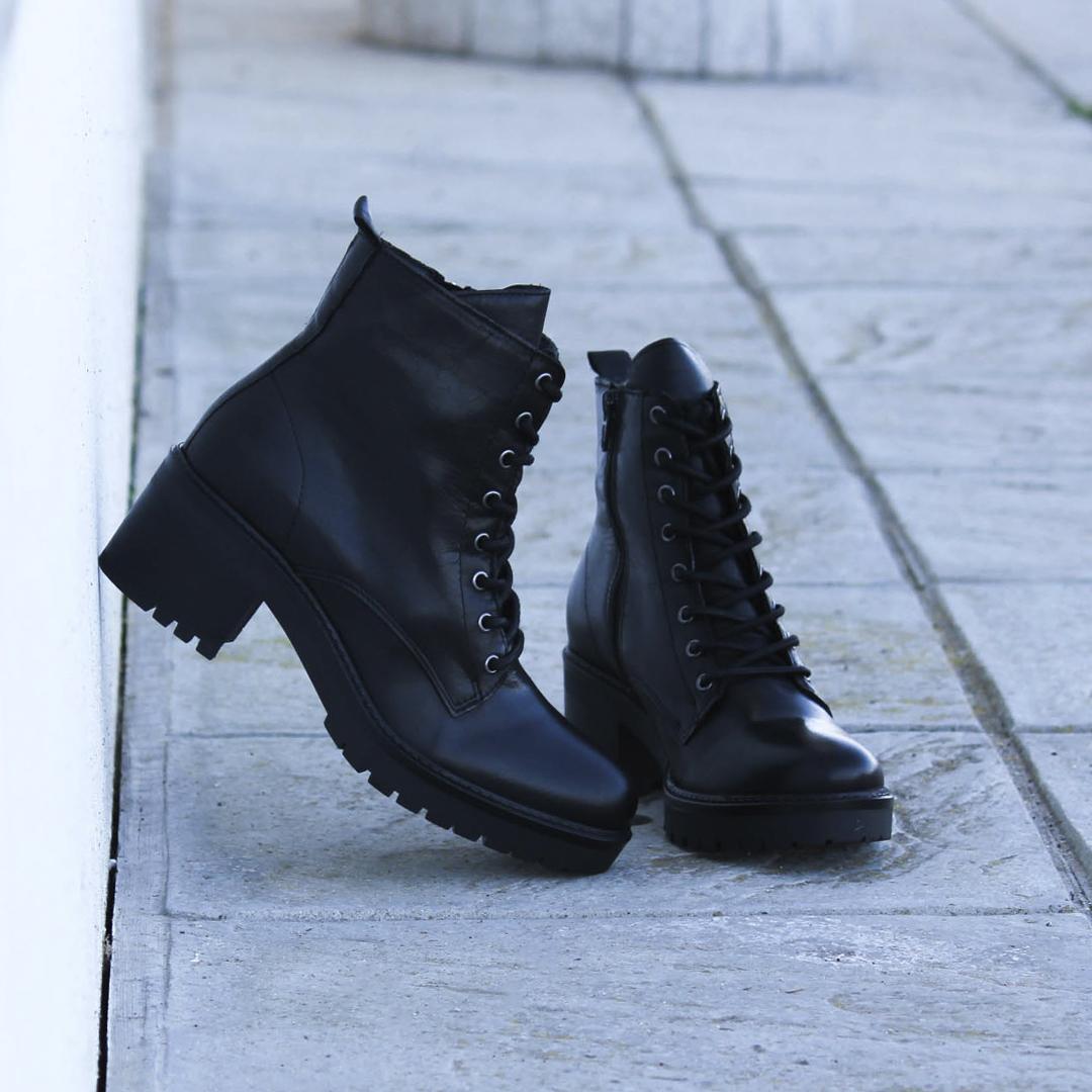 botines negros de mujer traveris IB1988