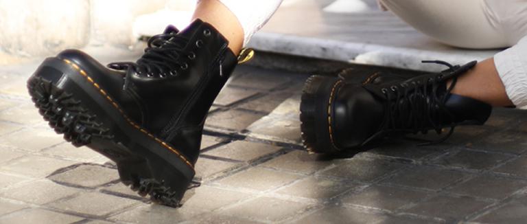 Outfit de combat boots