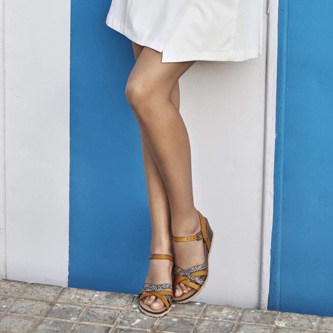 Sandalias planas de mujer Yokono Cádiz 071 mostaza