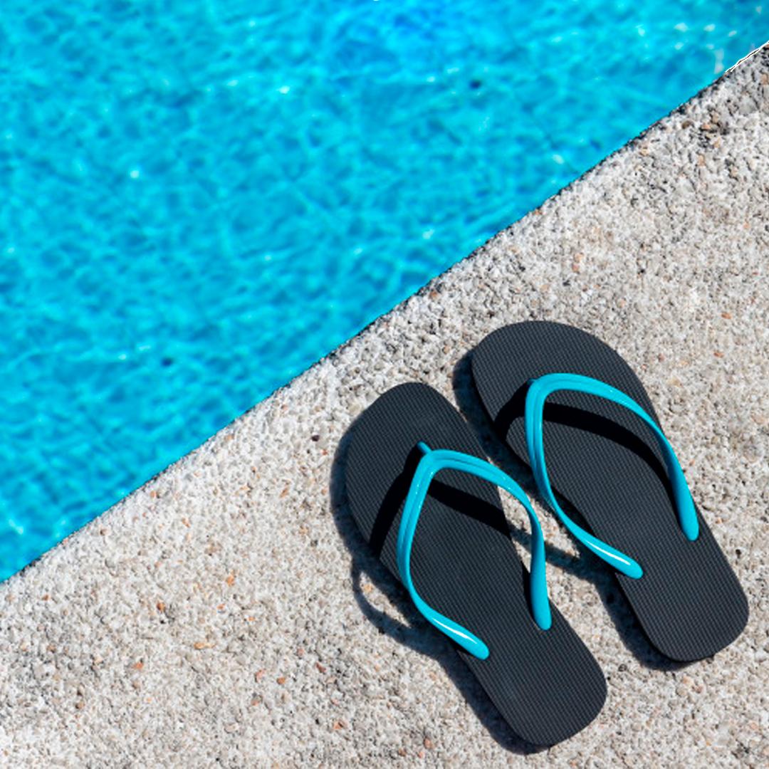 Chanclas de playa y piscina