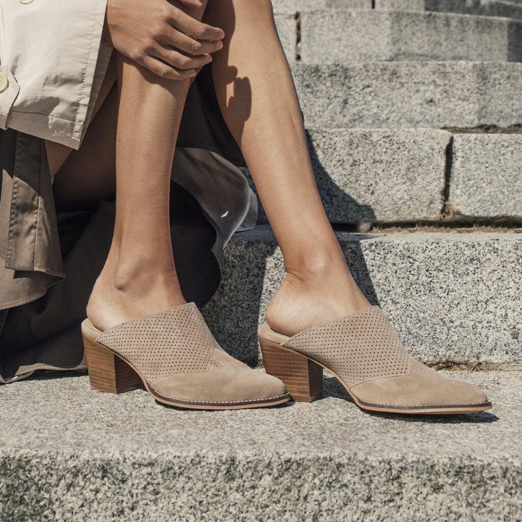 Campaña de zapatos Catchalot zuecos Kissia