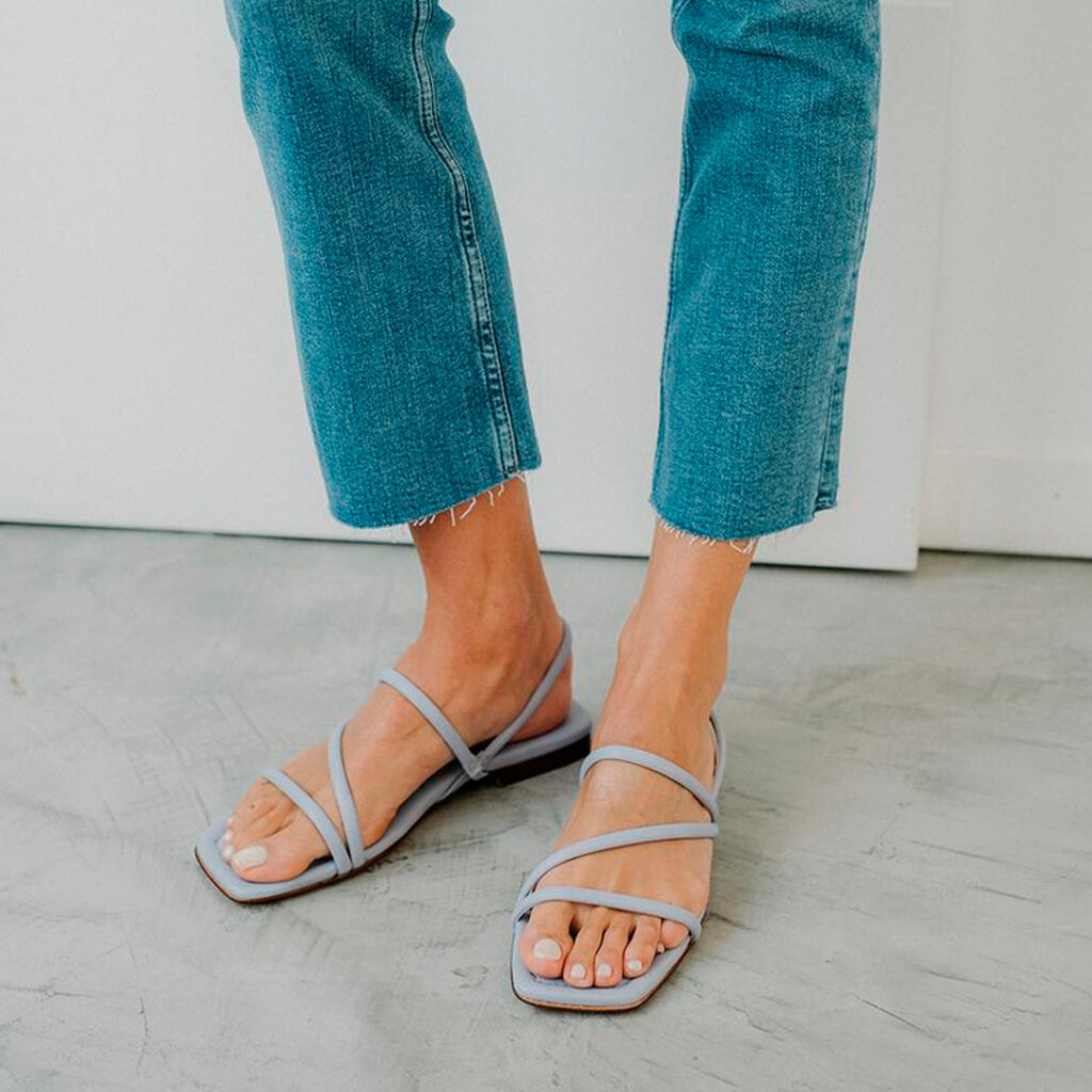 sandalia de punta cuadrada Sandalia con tira al tobillo Bryan Roma
