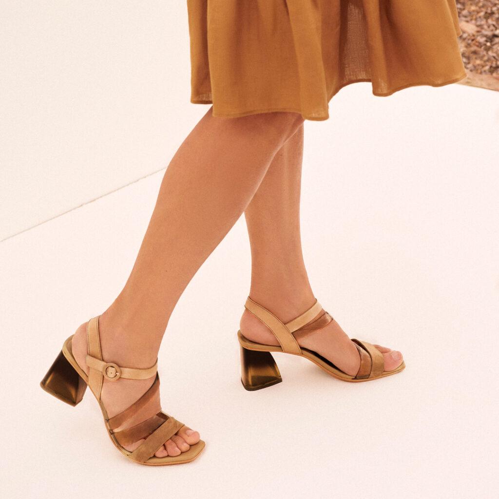 sandalia de punta cuadrada Sandalia tacón Hispanitas Sandy