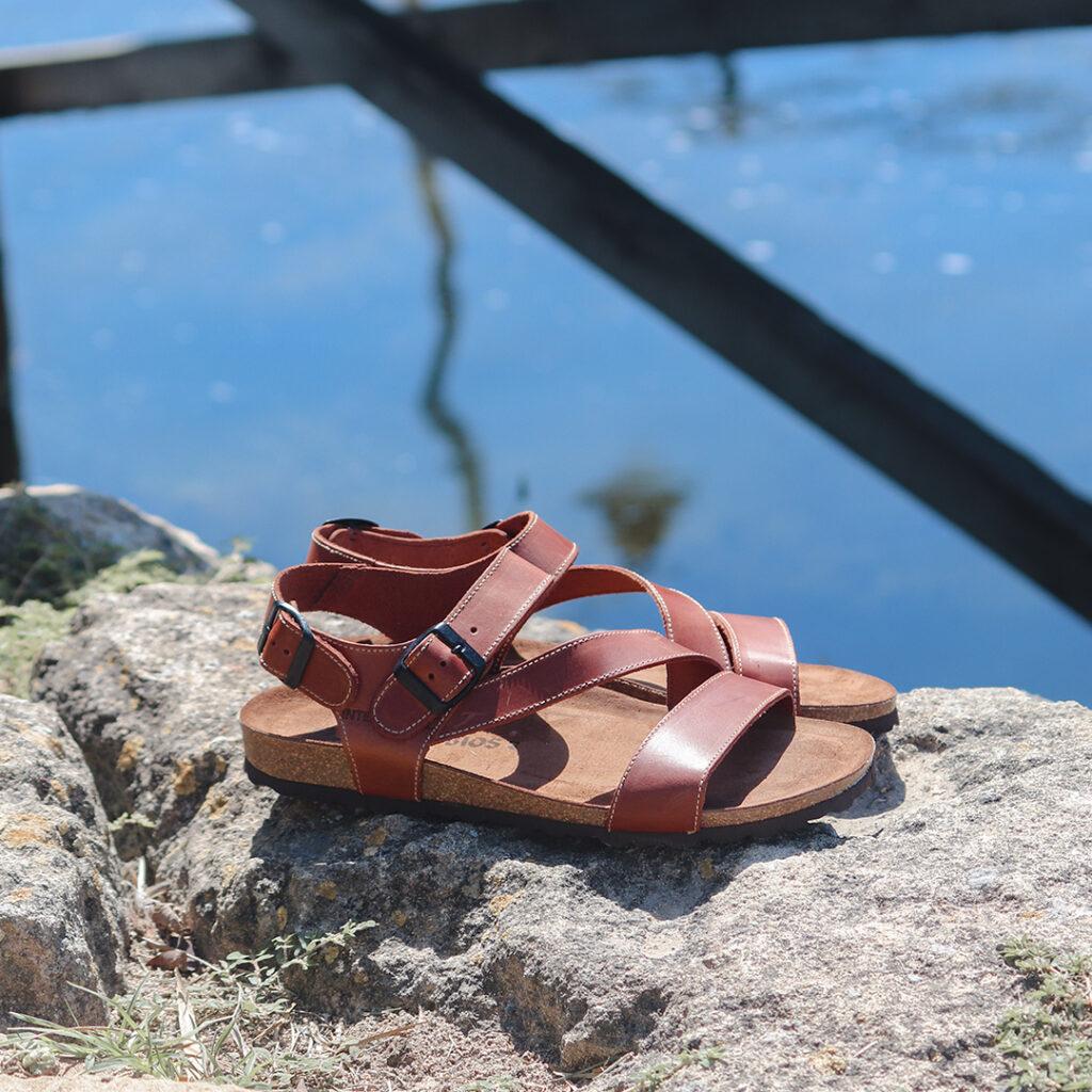 Rebajas en zapatos Sandalias de piel Inter-Bios 9557