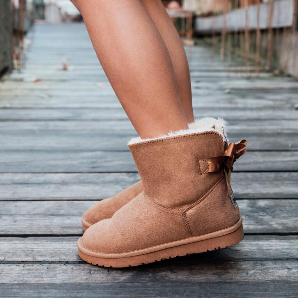 zapatos online Bota australiana niña Mustang